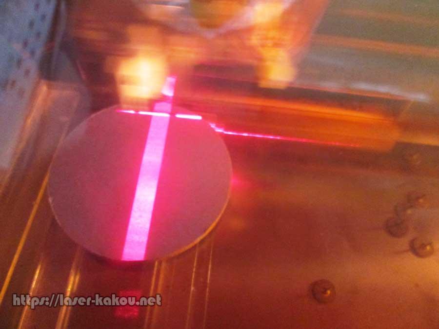 コルクコースター レーザー彫刻 レーザー加工機2